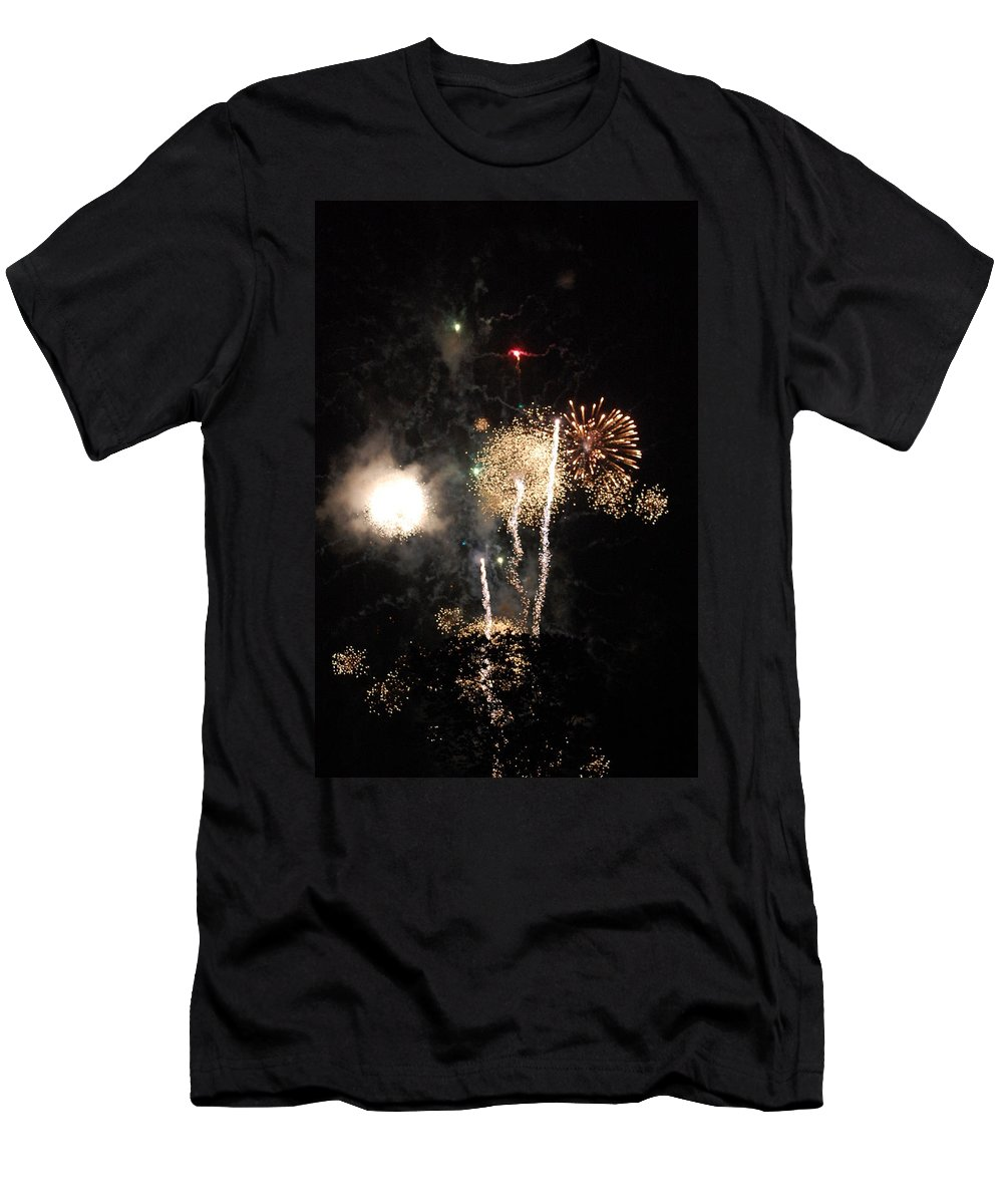 Firwworks Men's T-Shirt (Athletic Fit) featuring the photograph Bombs1 by David Lane