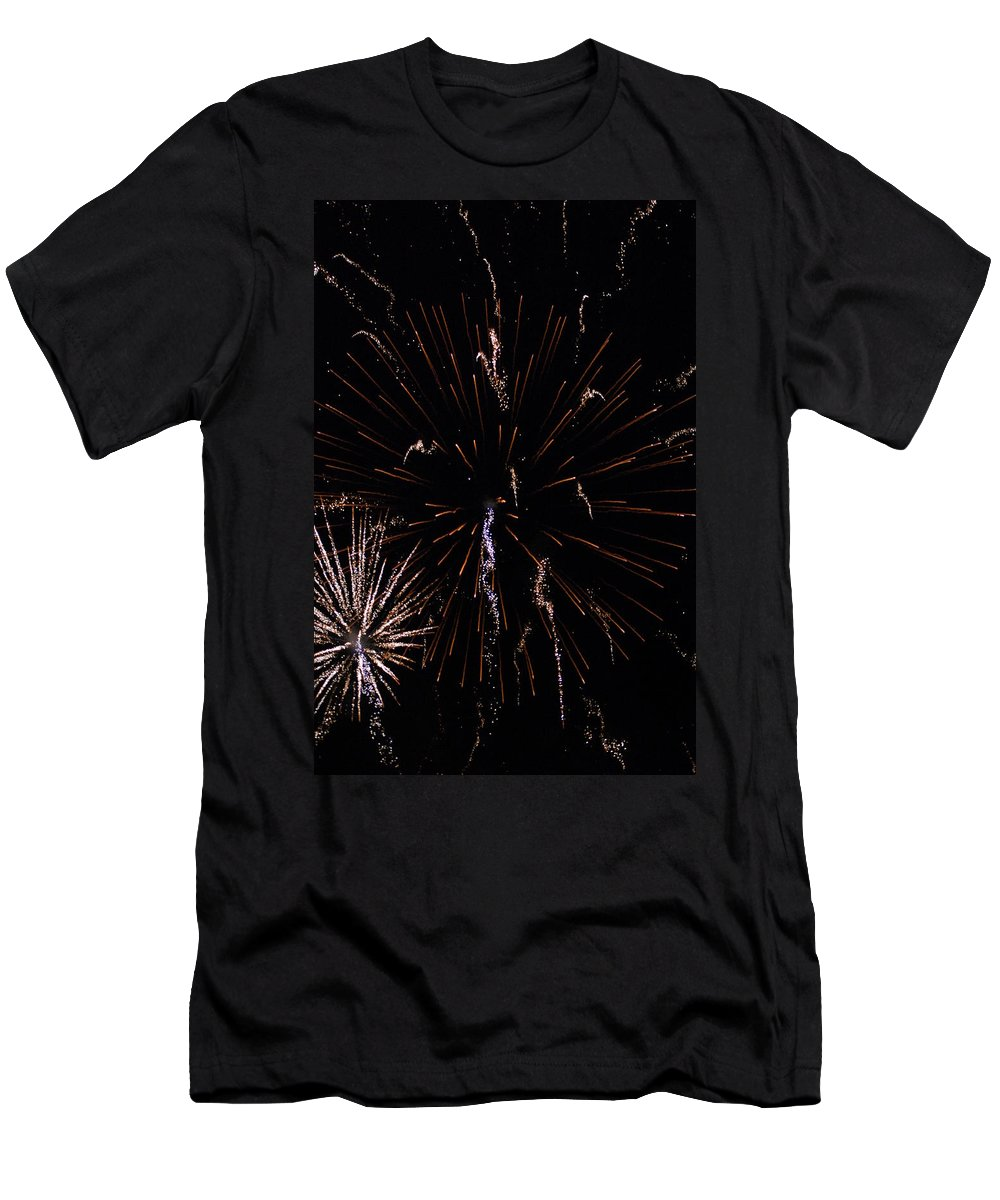 Firwworks Men's T-Shirt (Athletic Fit) featuring the photograph Bombs2 by David Lane