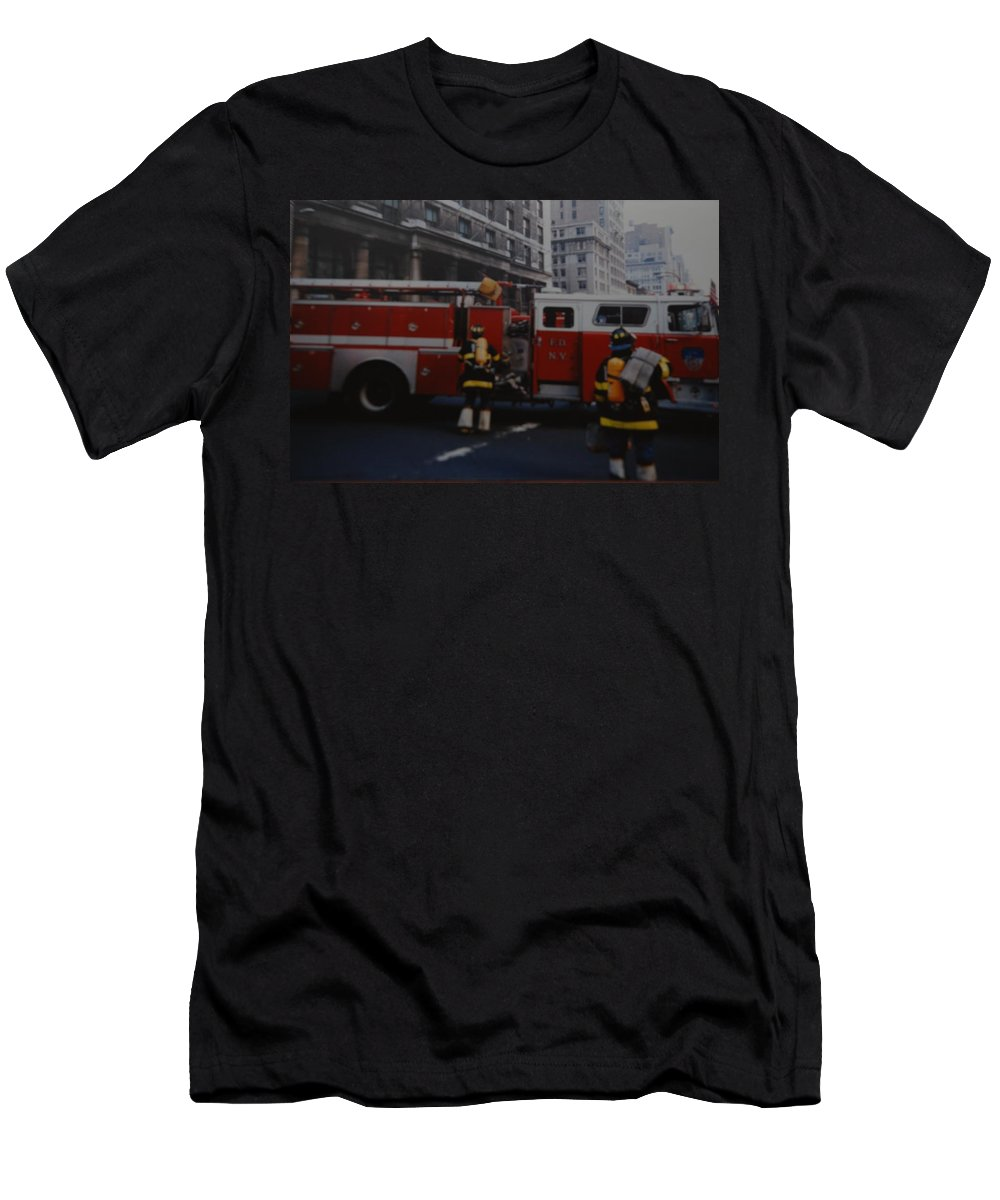 Fdny Men's T-Shirt (Athletic Fit) featuring the photograph Bravest Of The Brave by Rob Hans