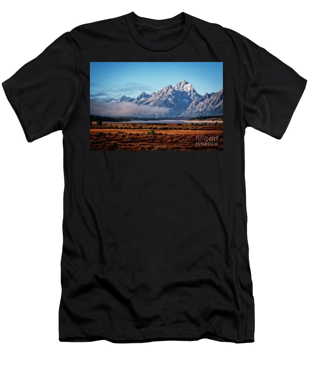 Tetons Men's T-Shirt (Athletic Fit) featuring the photograph Breaking Clouds by Scott Kemper