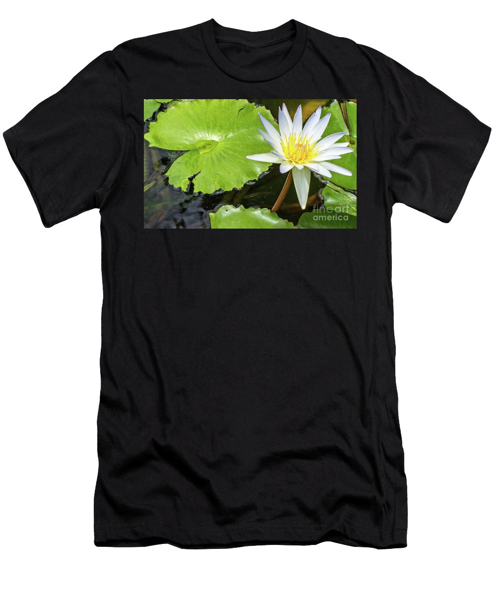 Flower Men's T-Shirt (Athletic Fit) featuring the photograph Breathe by Kris Hiemstra