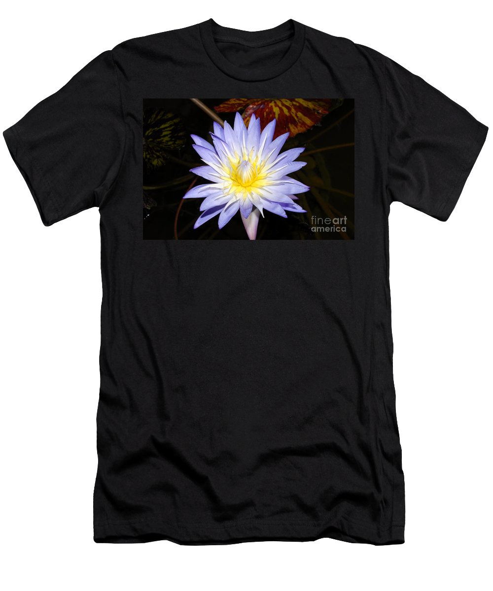 Lily Men's T-Shirt (Athletic Fit) featuring the photograph Brilliant Beauty by David Lee Thompson