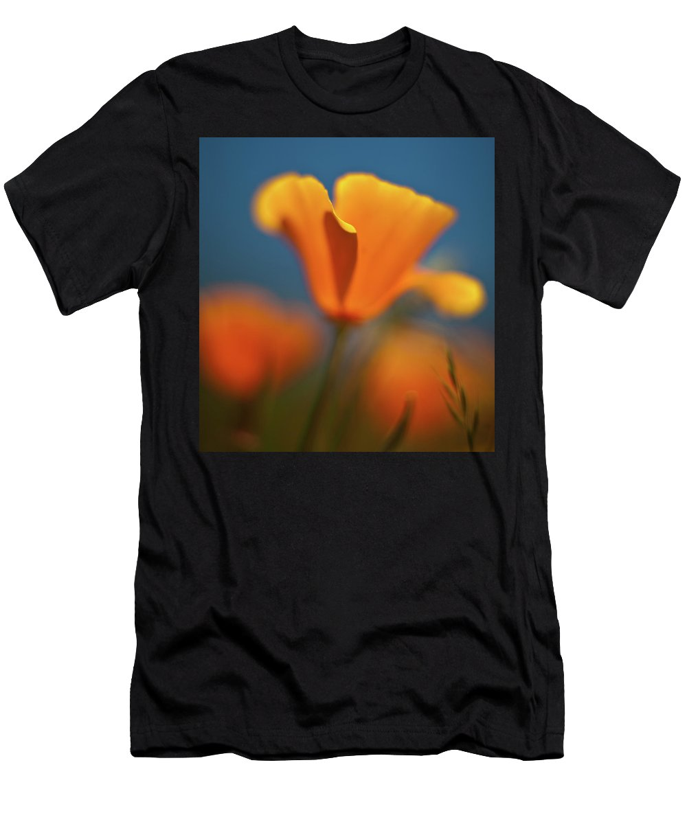 Poppy Men's T-Shirt (Athletic Fit) featuring the photograph Brilliant Poppy by Mike Reid