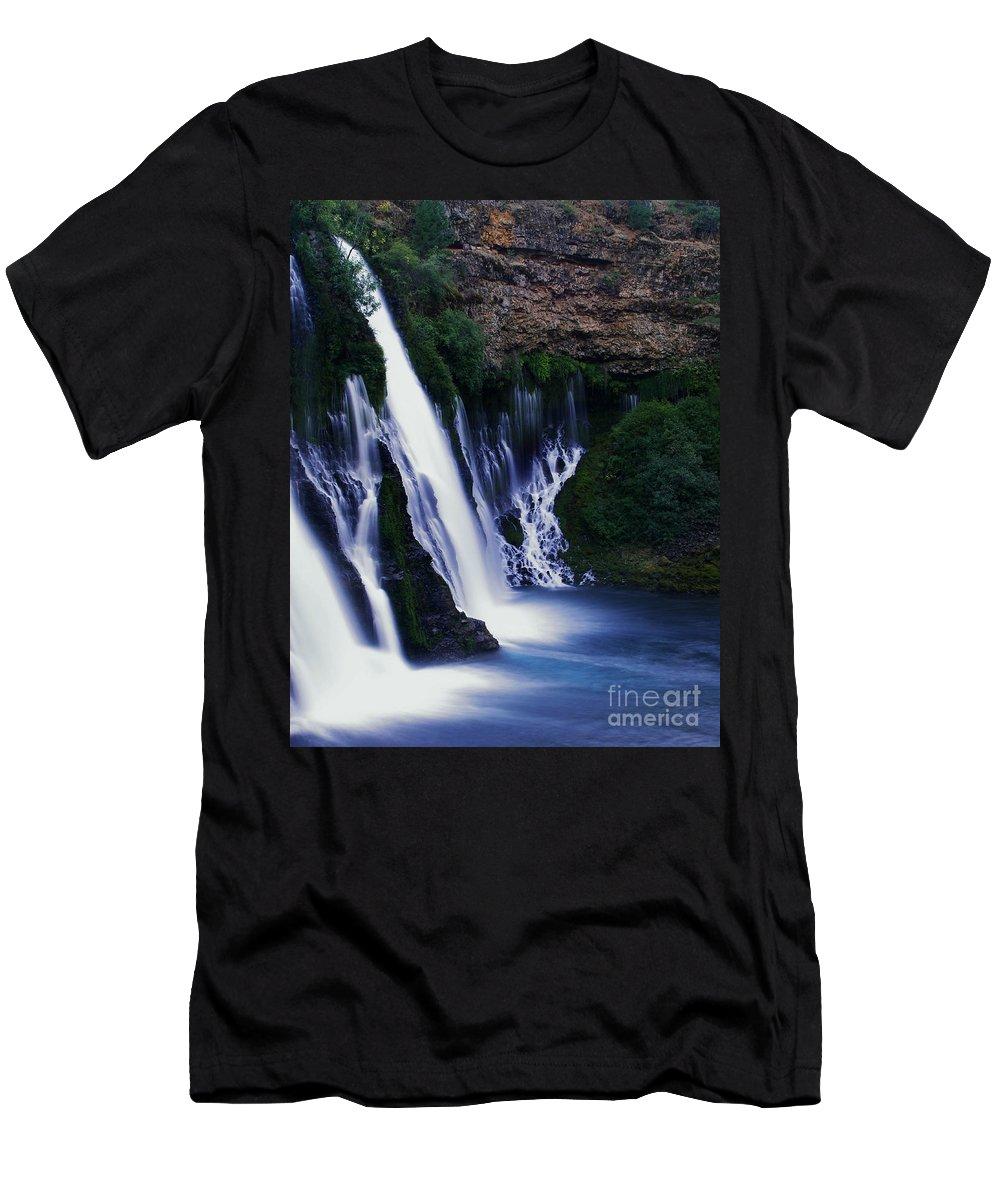 River Men's T-Shirt (Athletic Fit) featuring the photograph Burney Blues by Peter Piatt