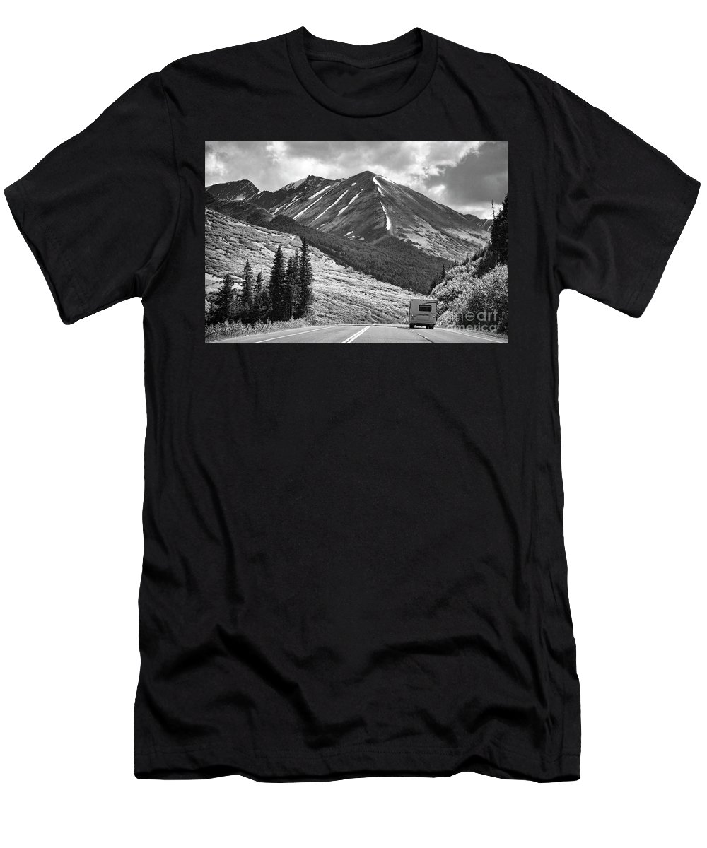 Alaska Men's T-Shirt (Athletic Fit) featuring the photograph Bw Mobile Home Travel Alaska by Chuck Kuhn