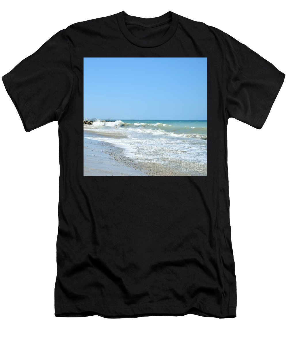Waves Men's T-Shirt (Athletic Fit) featuring the photograph California Waves by LKB Art and Photography