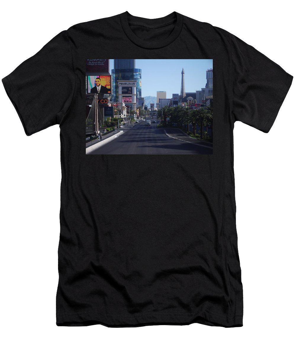 Las Vegas Men's T-Shirt (Athletic Fit) featuring the photograph Calm On Vegas Strip by Andrew Bassett