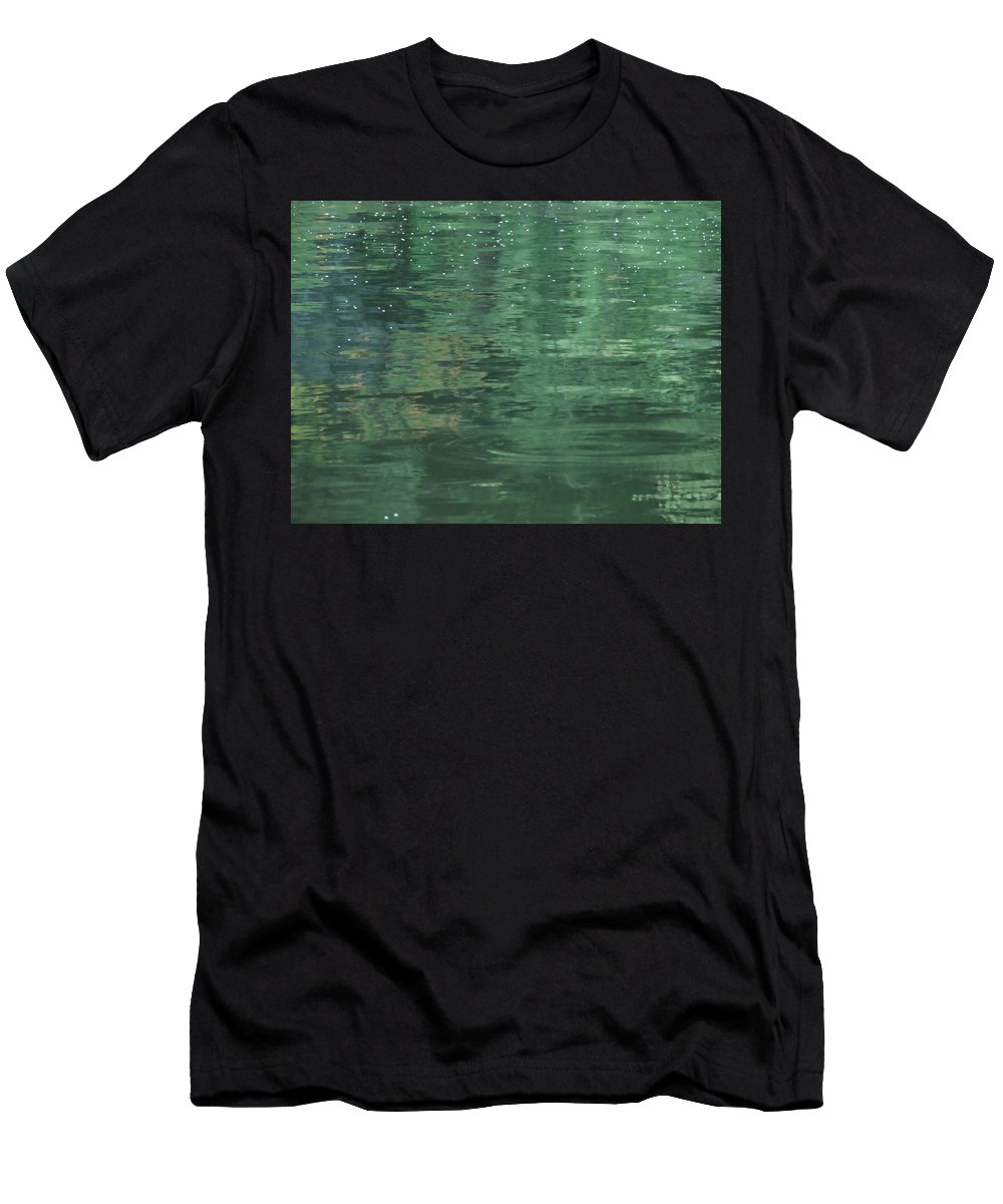 New England Men's T-Shirt (Athletic Fit) featuring the photograph Calming Waters by Susan Russo