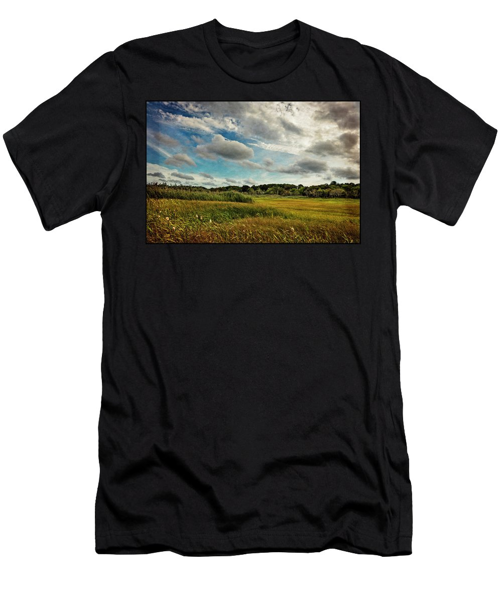 Clouds Men's T-Shirt (Athletic Fit) featuring the photograph Cape Cod Marsh 2 by Frank Winters