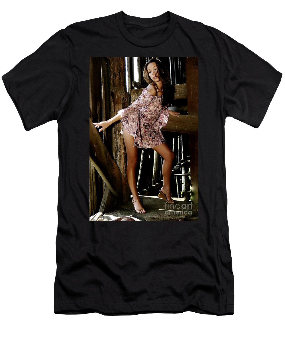 Clay Men's T-Shirt (Athletic Fit) featuring the photograph Carla's In The Barn Again by Clayton Bruster