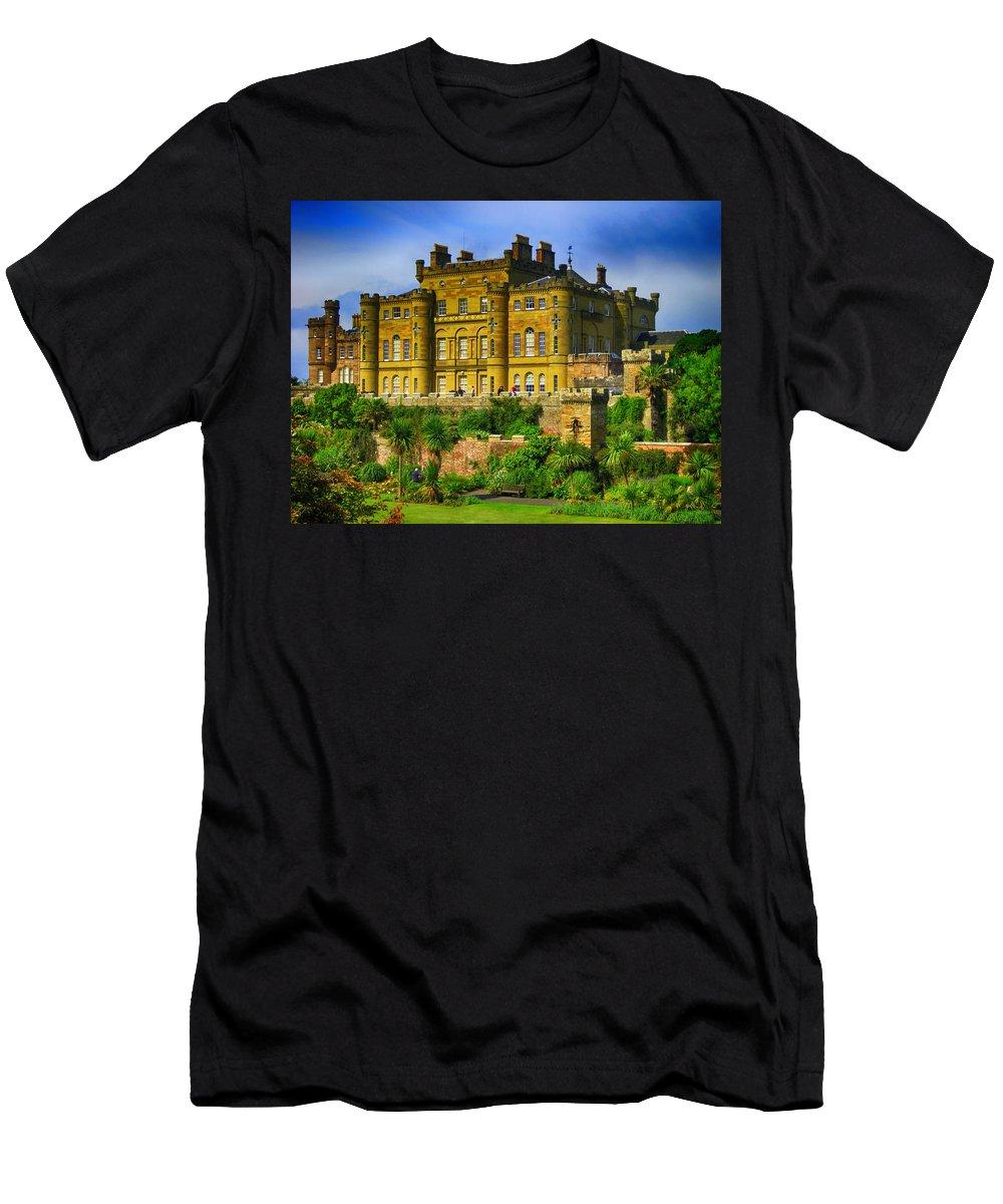 Castell Escocia Natura Men's T-Shirt (Athletic Fit) featuring the digital art Castell De Culzean by Josep BOVE