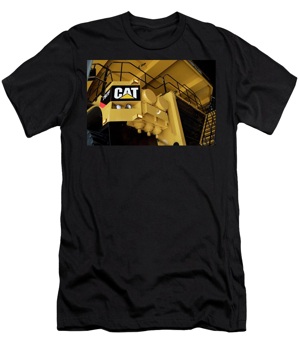 Caterpillar Men's T-Shirt (Athletic Fit) featuring the photograph Caterpillar 797f Mining Truck 02 by Thomas Woolworth