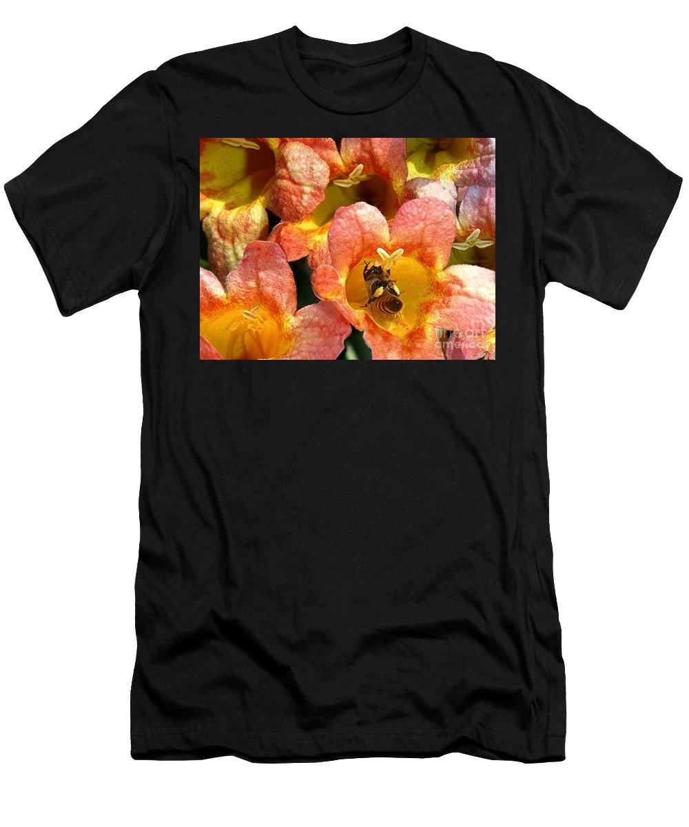 Nature Men's T-Shirt (Athletic Fit) featuring the photograph Caught Up In The Work by Lucyna A M Green