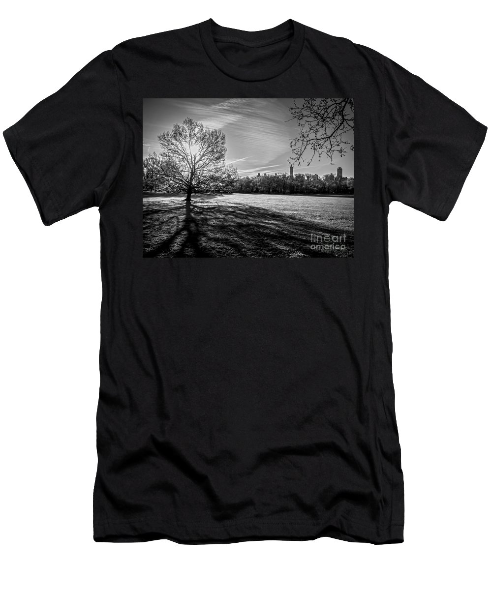 Central Park Men's T-Shirt (Athletic Fit) featuring the photograph Central Park's Sheep Meadow - Bw by James Aiken
