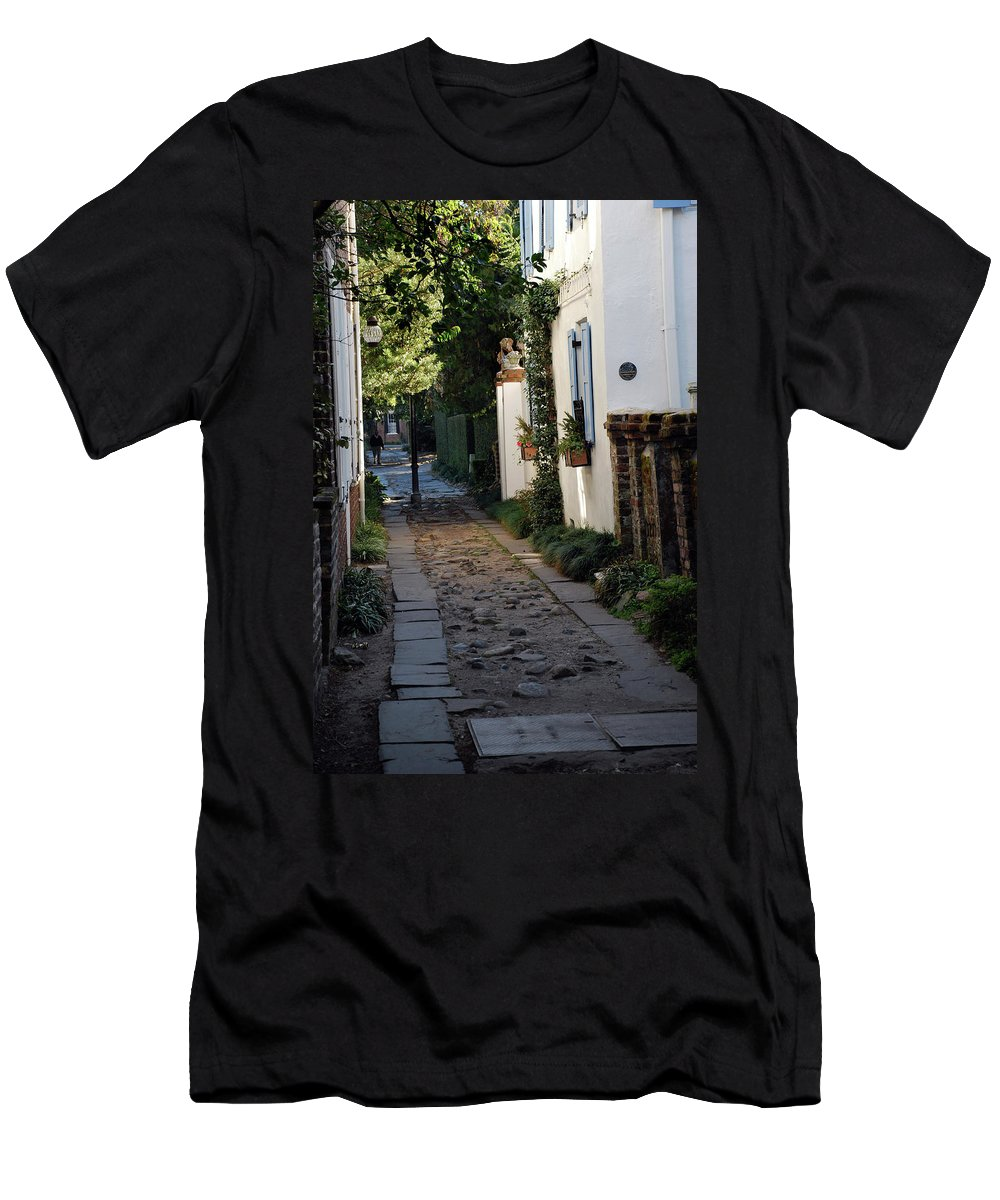 Southcarolina Men's T-Shirt (Athletic Fit) featuring the photograph Charleston Alley 1 by Skip Willits