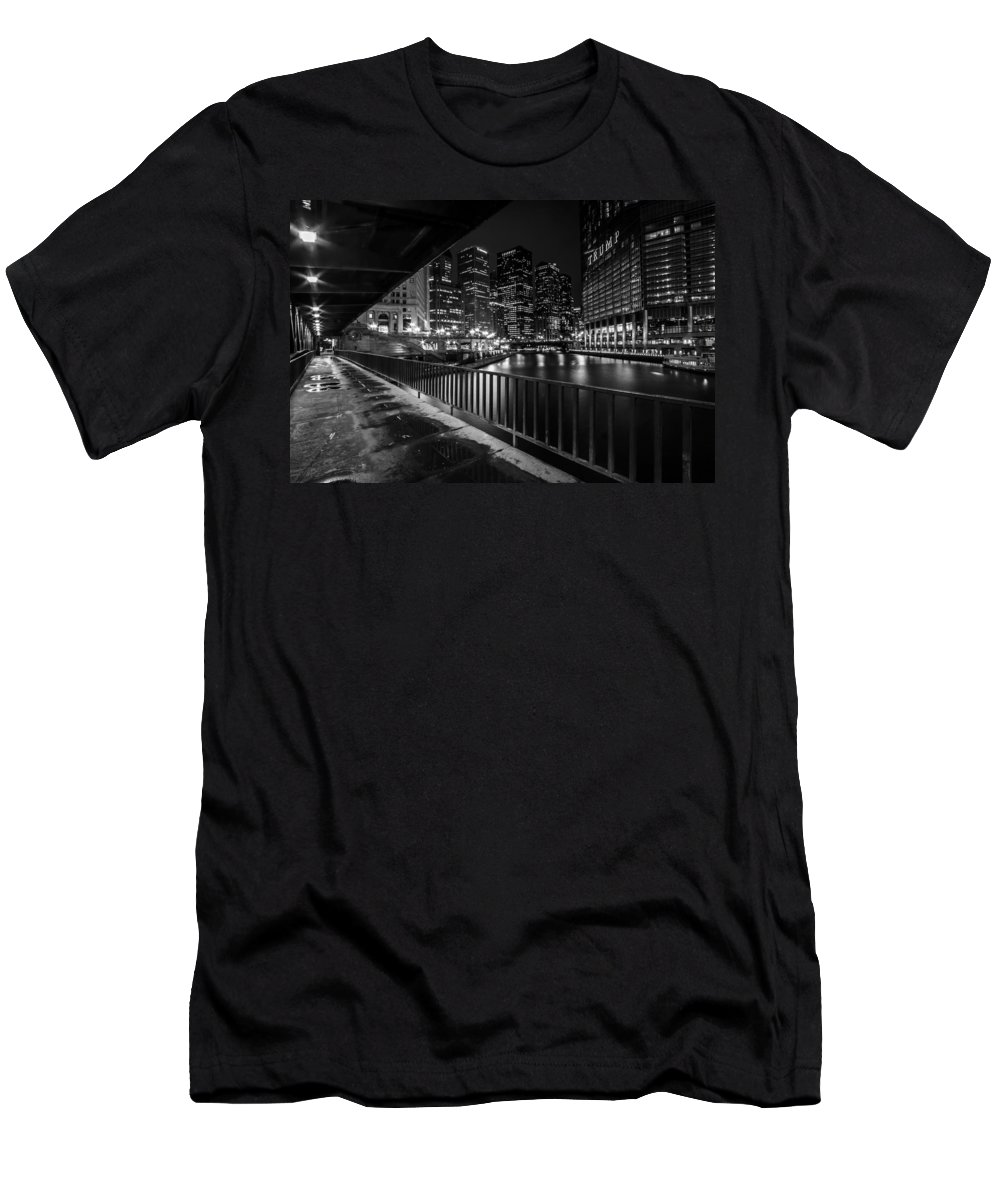 Chicago Men's T-Shirt (Athletic Fit) featuring the photograph Chicago River View In Black And White by Sven Brogren