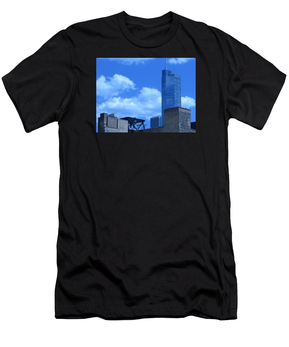 Chicago Men's T-Shirt (Athletic Fit) featuring the photograph Chicago Skyline 2 by Cindy Kellogg