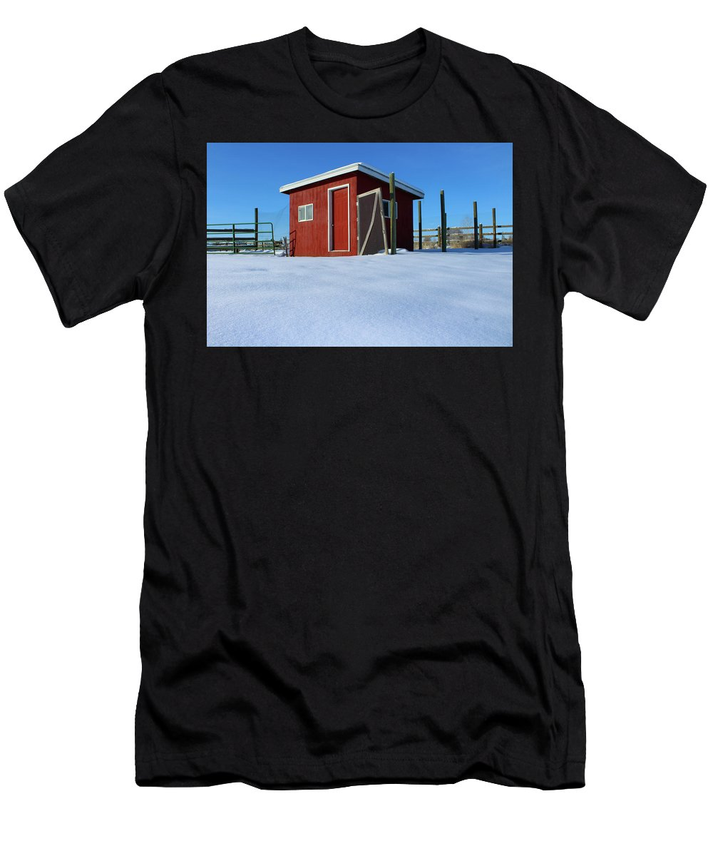 Idaho Men's T-Shirt (Athletic Fit) featuring the photograph Chicken Coop In Snow Covered Field by Travers Morgan
