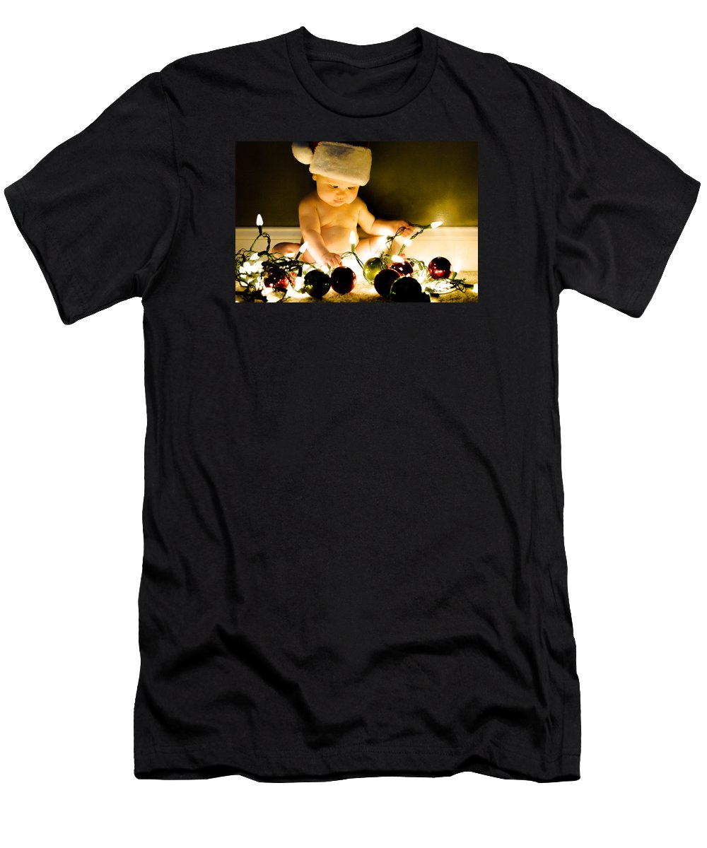 Christmas Men's T-Shirt (Athletic Fit) featuring the photograph Christmas In A Baby's Eyes by Chris Jones