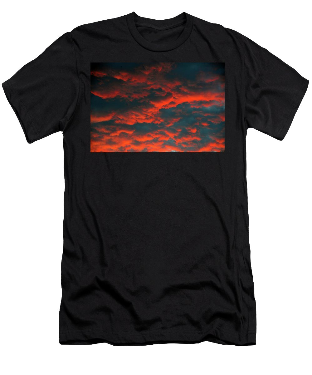 Cloudscape Men's T-Shirt (Athletic Fit) featuring the photograph Cloudscape A1 by David Lee Thompson