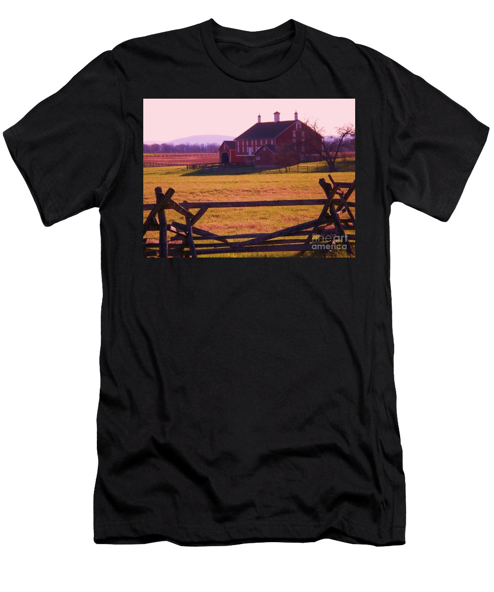 Codori Men's T-Shirt (Athletic Fit) featuring the photograph Codori Barn Gettysburg by Eric Schiabor