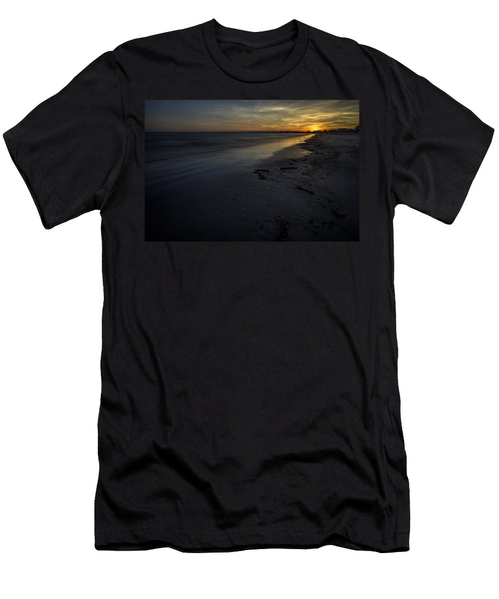 South County Men's T-Shirt (Athletic Fit) featuring the photograph Colors Of Sunset by Billy Bateman