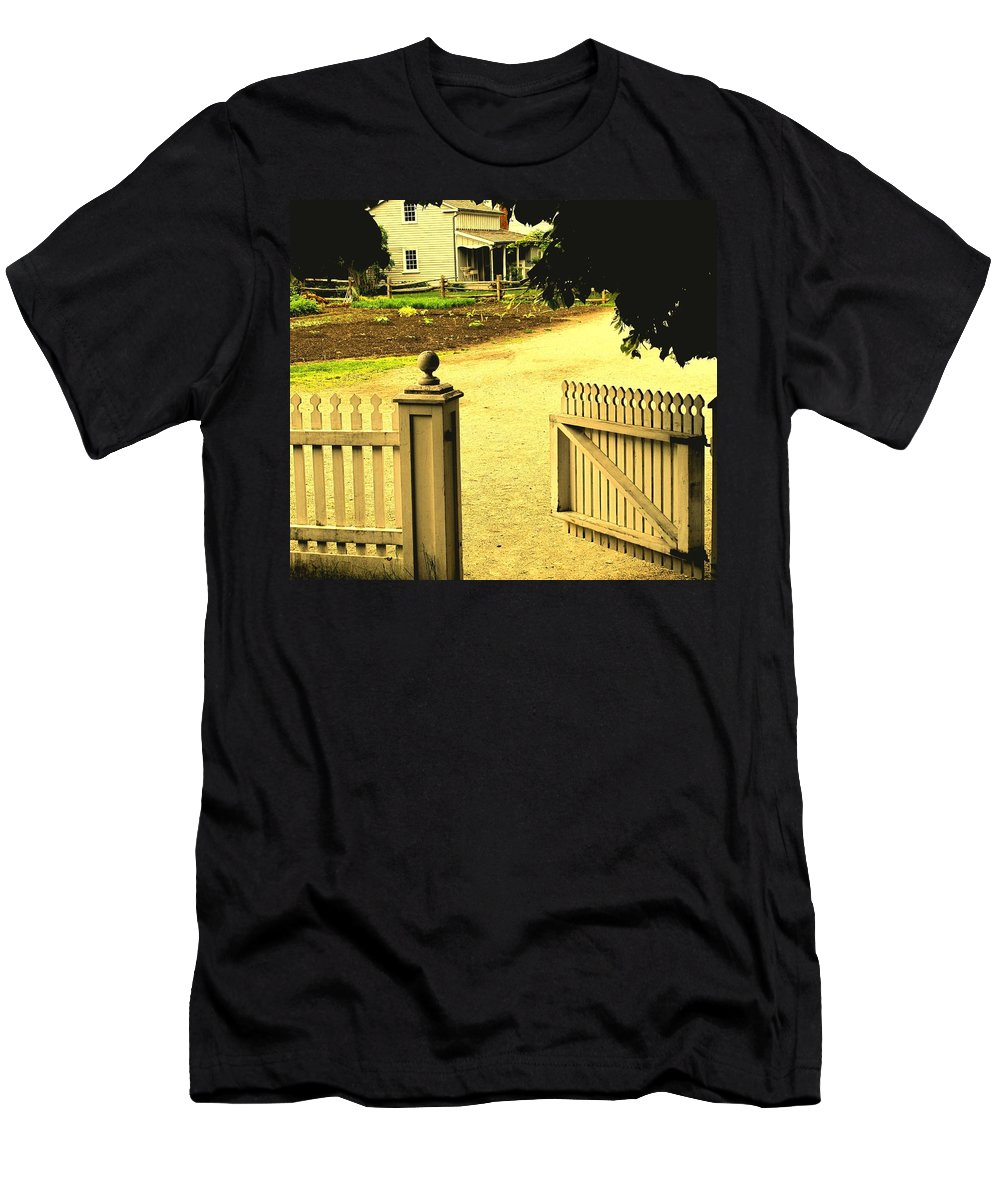 Farm Men's T-Shirt (Athletic Fit) featuring the photograph Come On In by Ian MacDonald