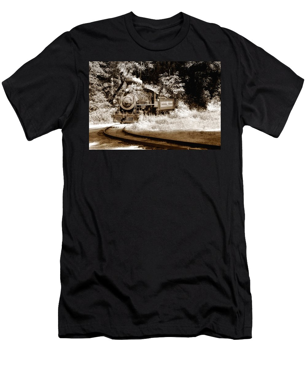 Train Men's T-Shirt (Athletic Fit) featuring the photograph Comin Round The Mountain by Donna Blackhall
