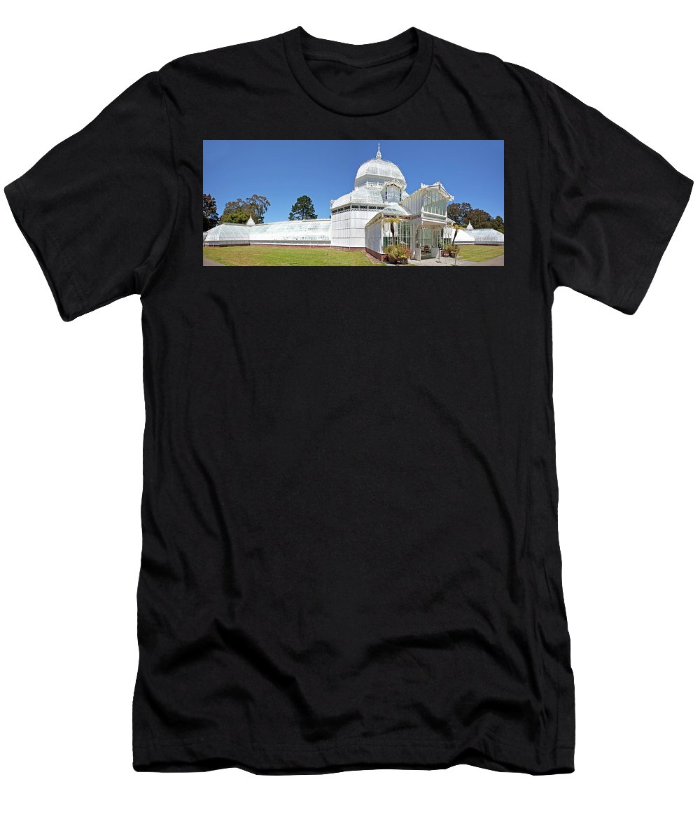 San Francisco Men's T-Shirt (Athletic Fit) featuring the photograph Conservatory Of Flowers by Noel Baebler