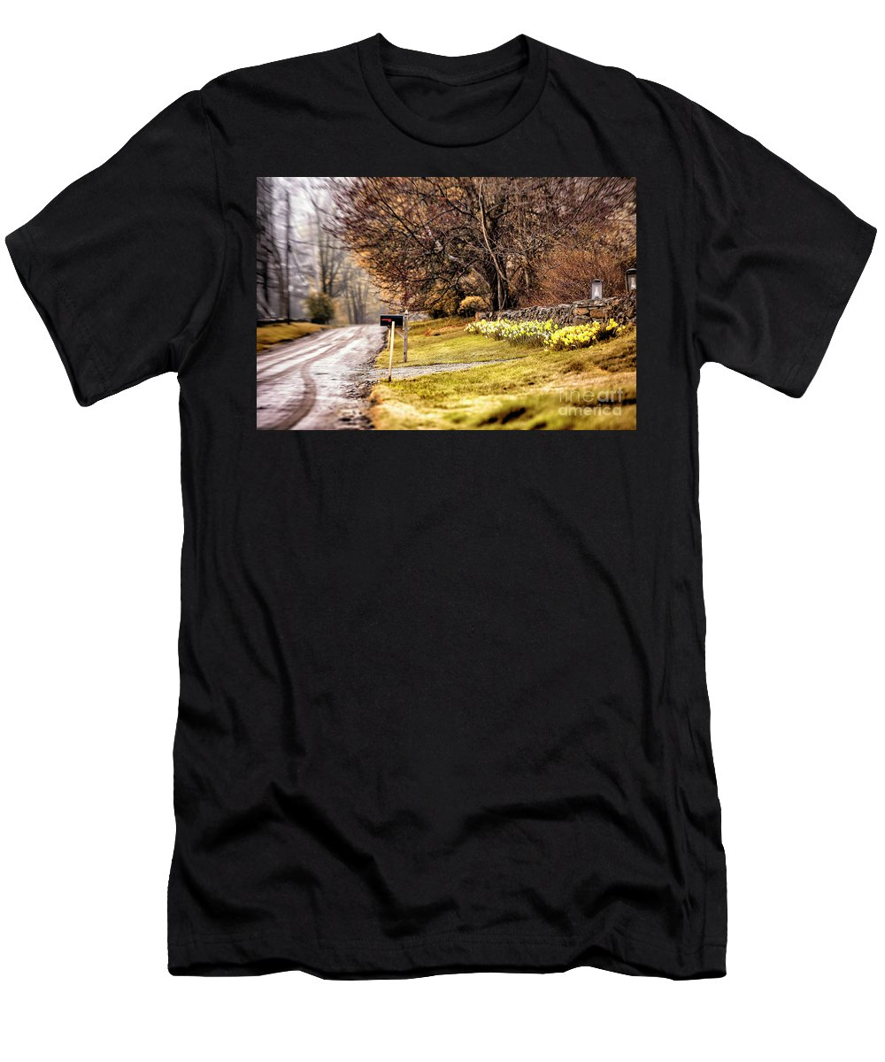 Lake Waramaug Men's T-Shirt (Athletic Fit) featuring the photograph Country Road by Grant Dupill