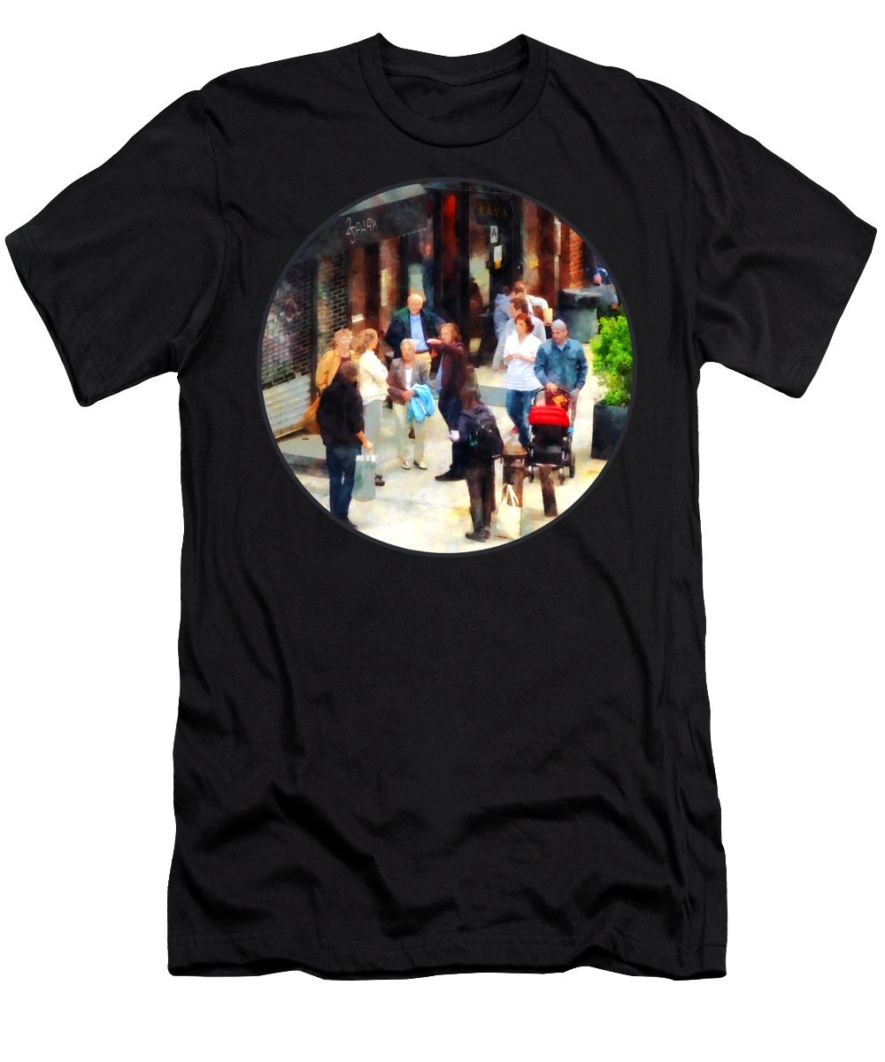Men Men's T-Shirt (Athletic Fit) featuring the photograph Crowded Sidewalk In New York by Susan Savad