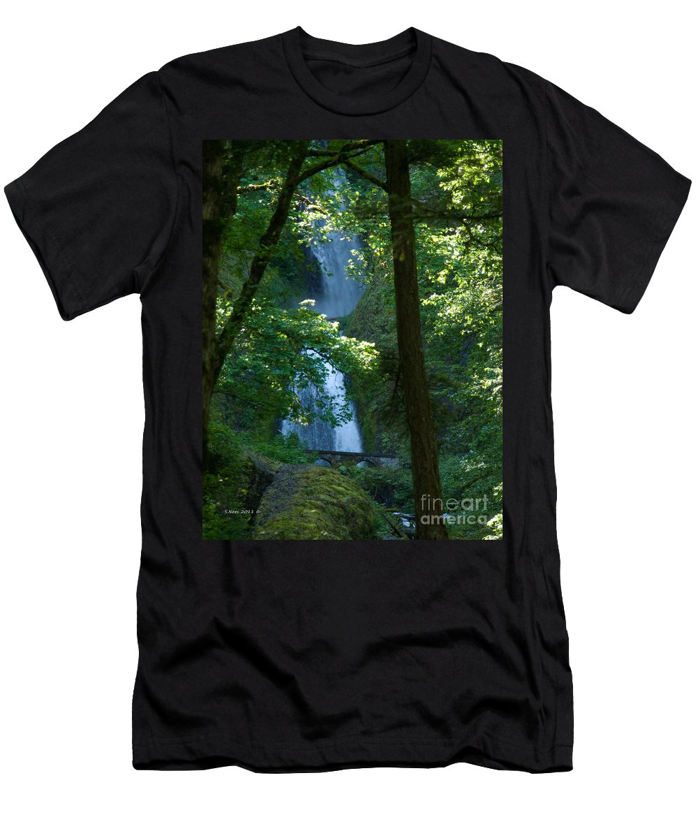 Waterfall Men's T-Shirt (Athletic Fit) featuring the photograph Curves by Shari Nees