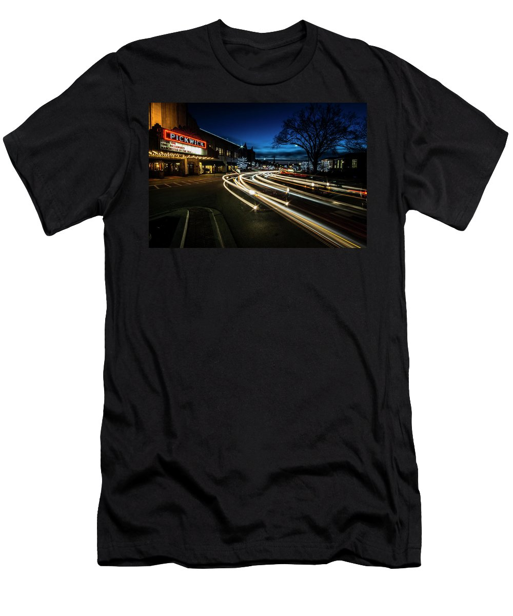 Long Exposure Men's T-Shirt (Athletic Fit) featuring the photograph Curvy Night Time Traffic by Sven Brogren
