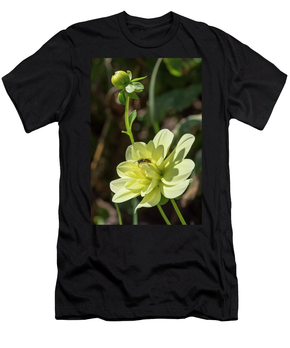 Flower Men's T-Shirt (Athletic Fit) featuring the photograph Dahlia With Wasp by Bruce Frye