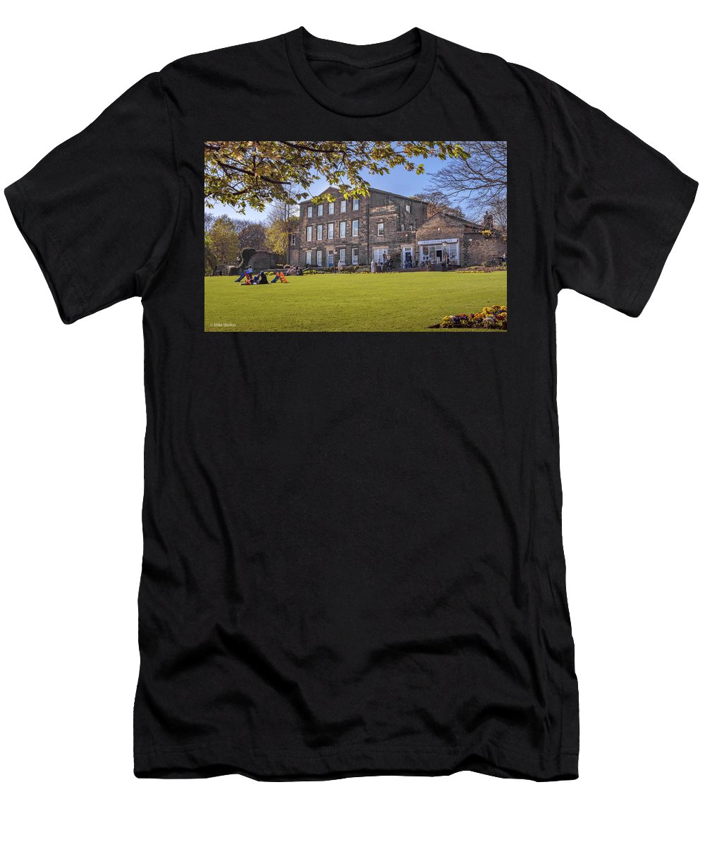 Crownest Park Men's T-Shirt (Athletic Fit) featuring the photograph Dewsbury Museum by Mike Walker