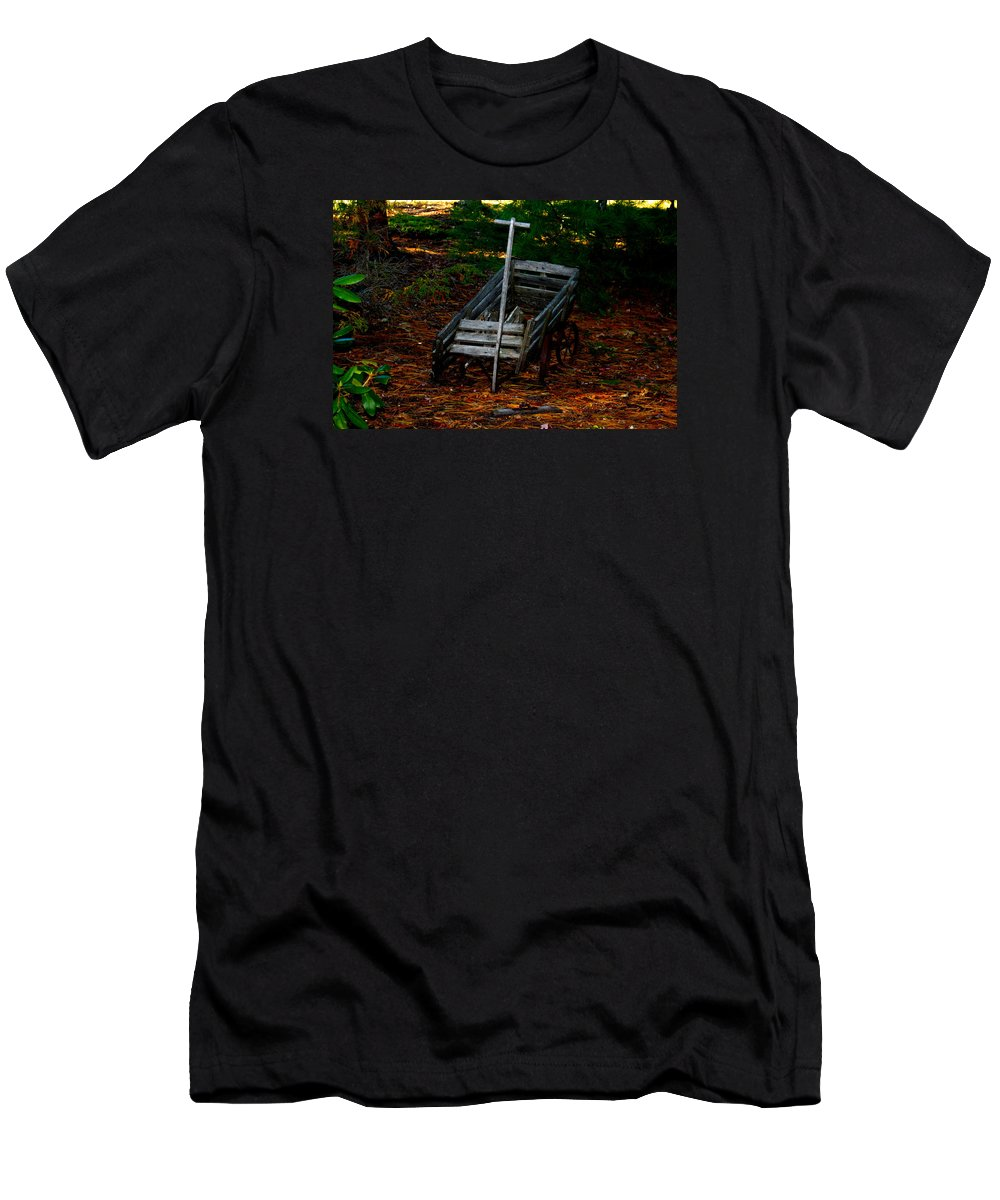 Nature Men's T-Shirt (Athletic Fit) featuring the photograph Dilapidated Wagon by Robert Morin