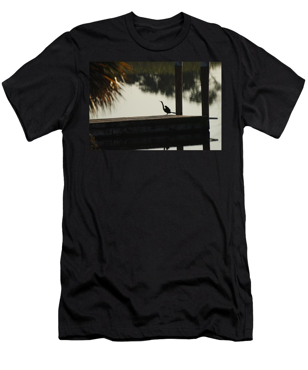Reflections Men's T-Shirt (Athletic Fit) featuring the photograph Dock Bird In Color by Rob Hans