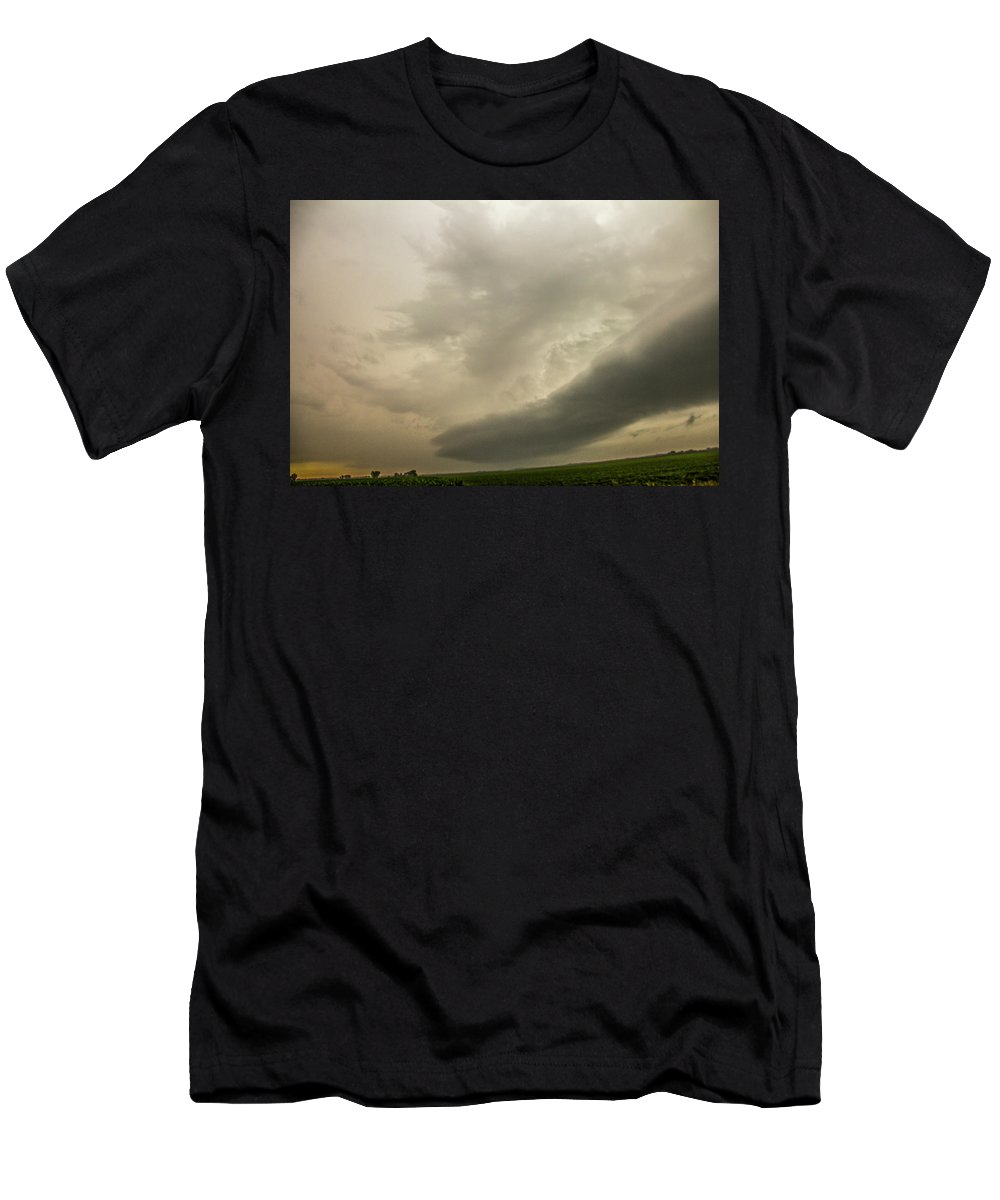Nebraskasc Men's T-Shirt (Athletic Fit) featuring the photograph Early Morning Nebraska Storm Chasing 015 by NebraskaSC