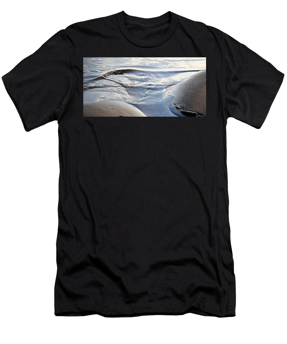 Shoreline Men's T-Shirt (Athletic Fit) featuring the photograph Ebb Tide by John Glass