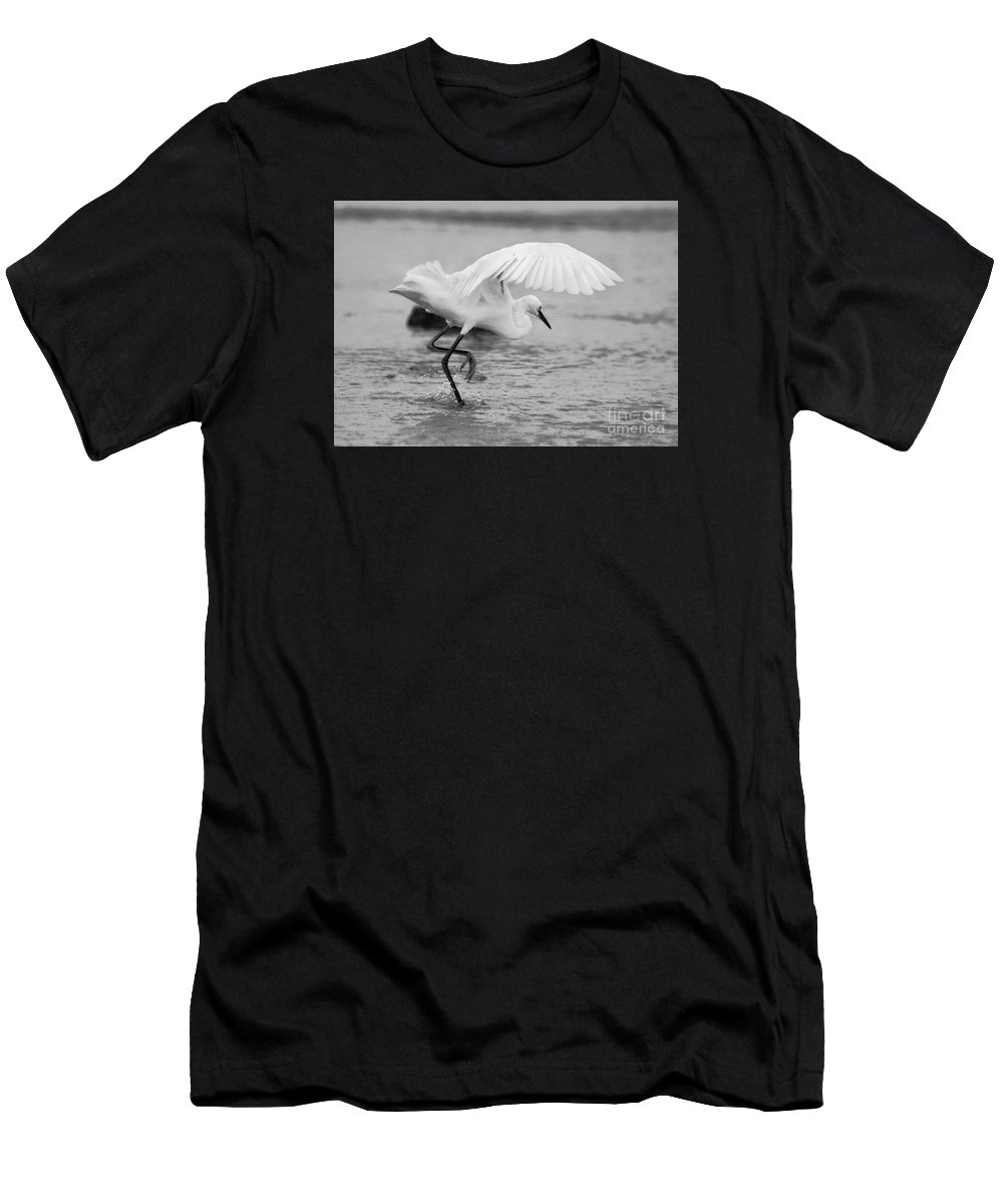 Men's T-Shirt (Athletic Fit) featuring the photograph Egret Hunting In Black And White by Angela Rath