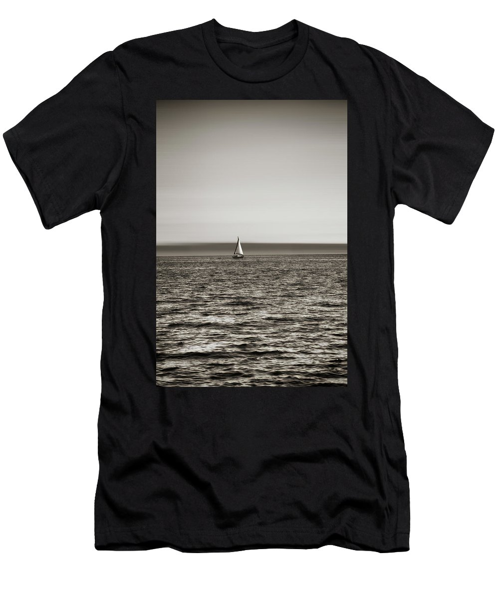 Usa Men's T-Shirt (Athletic Fit) featuring the photograph Elliott Bay Sailing by Savanah Plank