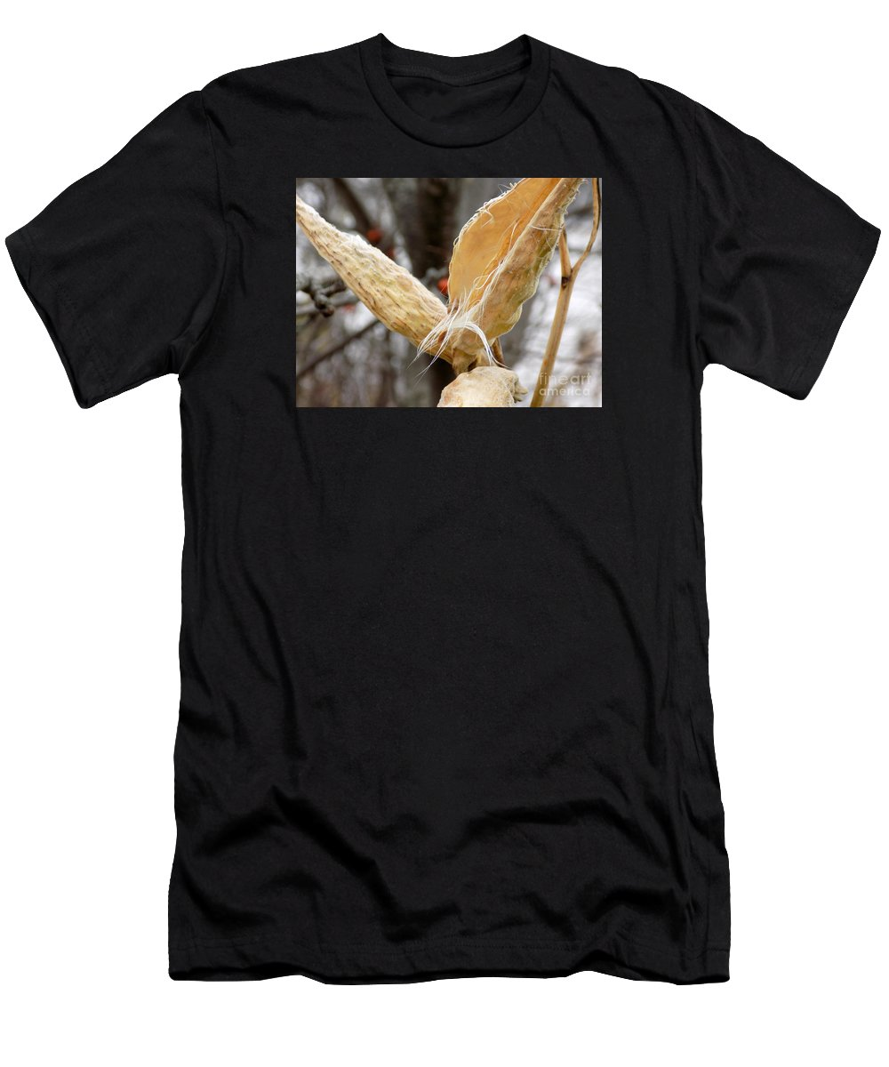 Seed Pod Men's T-Shirt (Athletic Fit) featuring the photograph Empty Nester by William Tasker