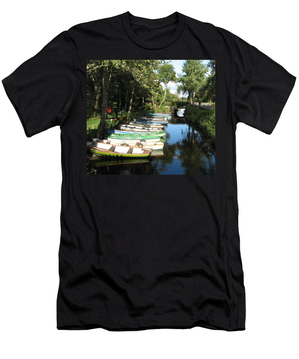Boat Men's T-Shirt (Athletic Fit) featuring the photograph End Of The Day by Kelly Mezzapelle