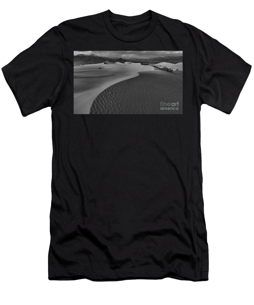 Black And White Men's T-Shirt (Athletic Fit) featuring the photograph Endless Dunes Black And White by Adam Jewell