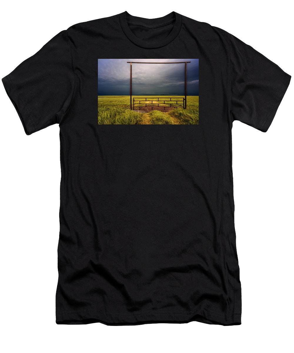 Prairie Men's T-Shirt (Athletic Fit) featuring the photograph Eternity by Don Spenner