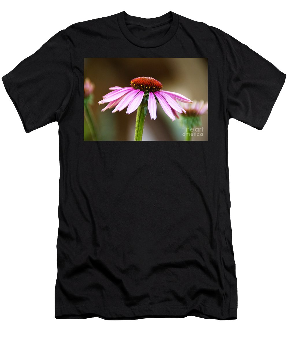 Flower Men's T-Shirt (Athletic Fit) featuring the photograph Faraway Thoughts by Linda Shafer