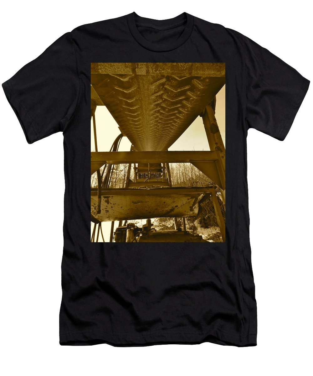 Landscape Men's T-Shirt (Athletic Fit) featuring the photograph Feb 2016 17 by George Ramos