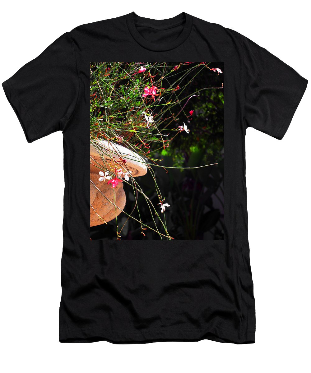 Filigree Men's T-Shirt (Athletic Fit) featuring the photograph Filigree-iii by Susanne Van Hulst