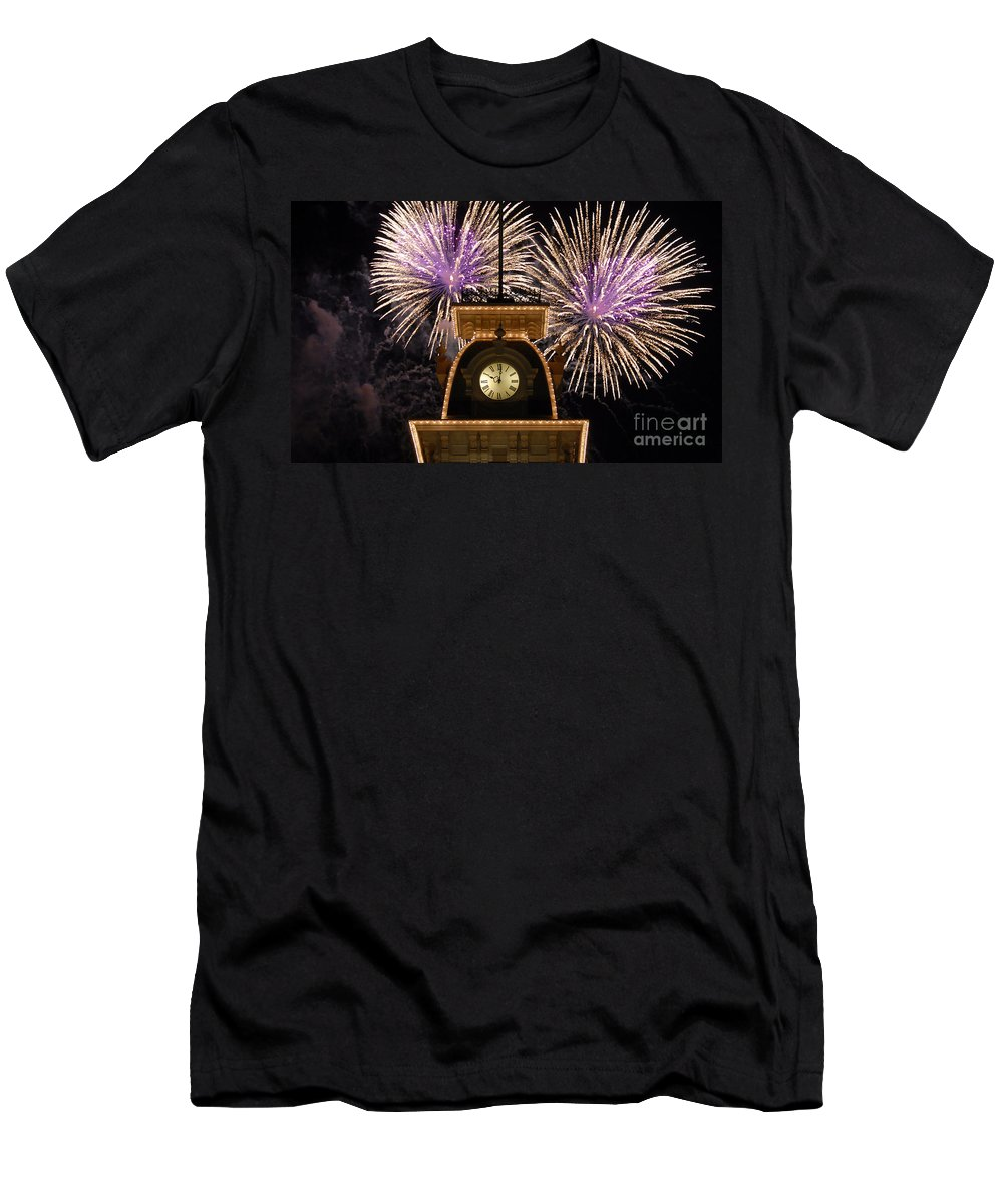 Fireworks Men's T-Shirt (Athletic Fit) featuring the photograph Fireworks At Ten by David Lee Thompson
