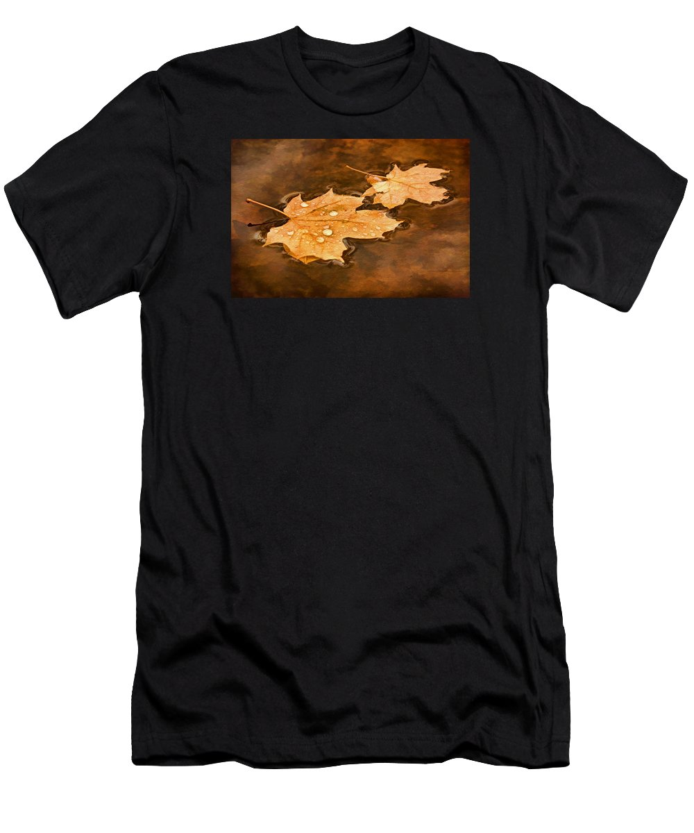 Maple Leaf Men's T-Shirt (Athletic Fit) featuring the photograph Floating Maple Leaves Pnt by Theo O'Connor